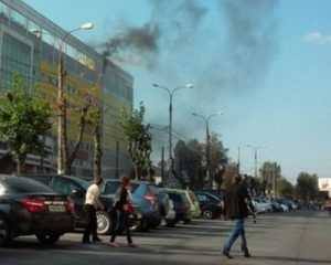 В брянском ТРЦ Тимошковых потушили горевший мусор