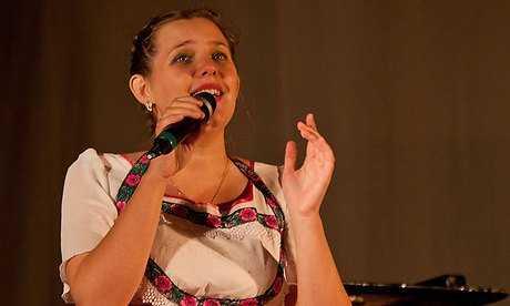 В Брянске на конкурс имени Анастасии Вяльцевой собрались 26 вокалистов