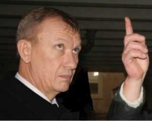 Родных бывшего брянского губернатора Денина передумали вызывать в суд