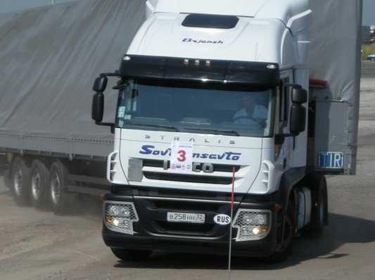 С 15 ноября с владельцев грузовиков начнут брать «вредительский» сбор
