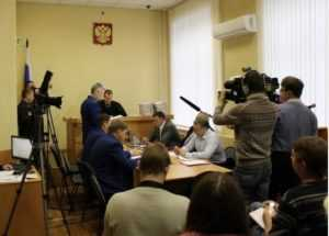 На процессе по делу Денина судья пригрозил удалить Богомаза