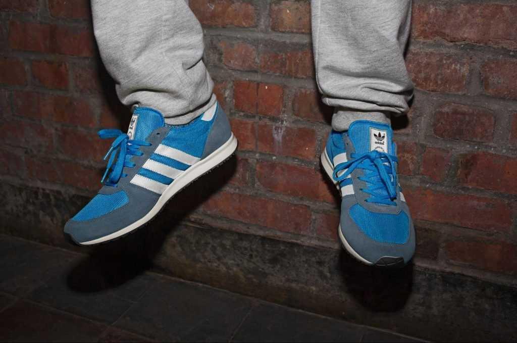 Брянский магазин «Ценопад» оштрафовали за поддельный Adidas