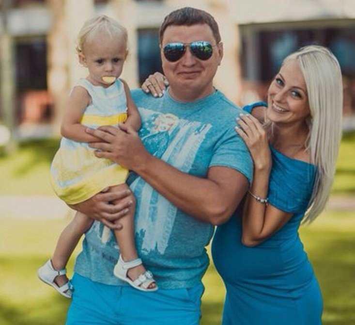 Брянский депутат и бизнесмен Алексей Кубарев стал многодетным отцом