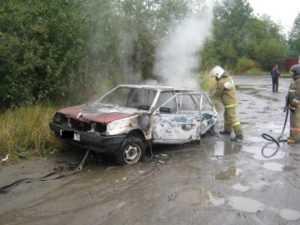 В Брянском районе сгорел автомобиль