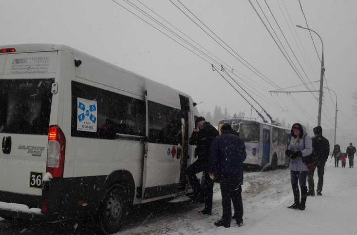 Брянск избежал транспортного коллапса на основных магистралях