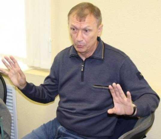 Сотрудники брянской «Снежки», поддерживая Денина, растерялись в суде