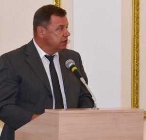 Начальник брянских учителей избавился от приставки