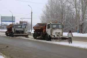 За ночь с брянских улиц вывезли более 500 тонн снега