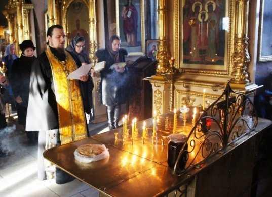 В Брянске помолились о жертвах трагедии над Синаем на 40-й день трагедии