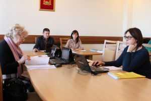 Брянские власти пообещали молодым врачам 720 тысяч