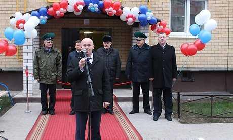 Брянским пограничникам в Стародубе подарили 60-квартирный дом