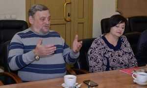 Губернатор узнал о радостях и чаяниях брянских актеров