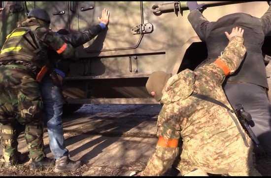 Украинские каратели арестовали 85 жителей донецкой Красногоровки