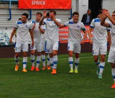 Брянское «Динамо» пригласило молодых футболистов на просмотр
