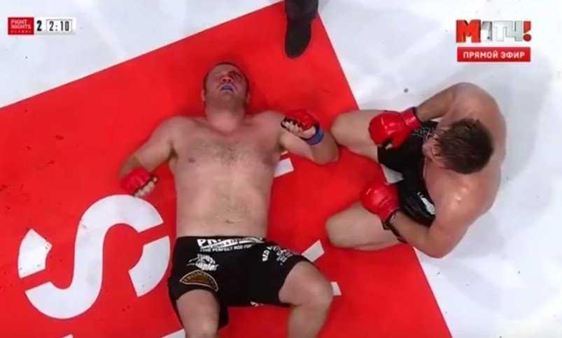 Брянский чемпион Виталий Минаков победил американца (видео)