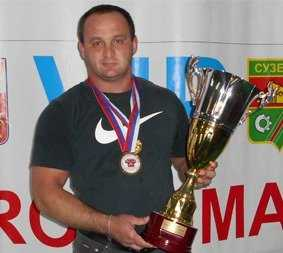 Брянец Константин Ратниекс стал абсолютным чемпионом ЦФО по пауэрлифтингу