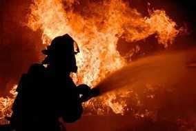 В брянской Рублевке сгорело здание