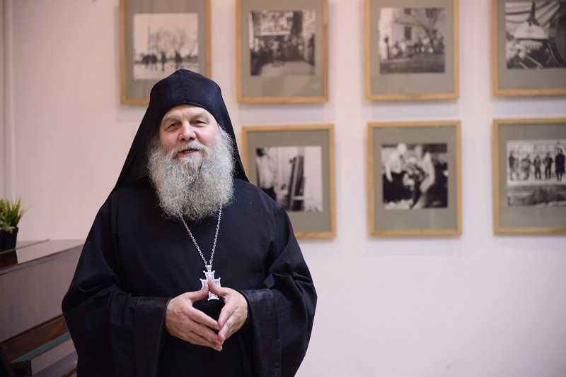 В Брянске открылась фотовыставка иеромонаха Валаамского монастыря Савватия