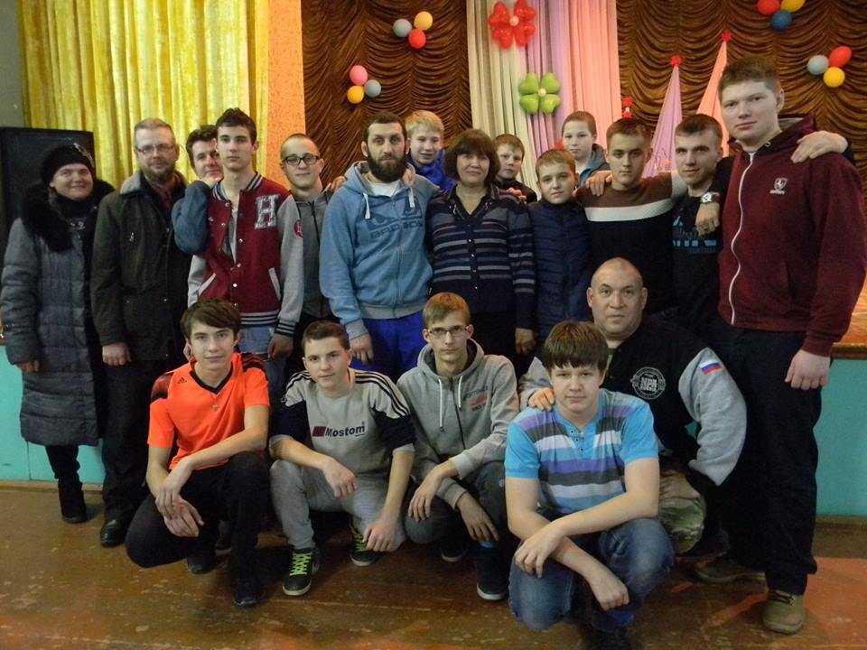 Тренер ММА Эдуард Широбоков дал уроки в родном Брянске