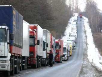 На брянском переходе «Троебортное» образовалась пробка из 500 автомобилей