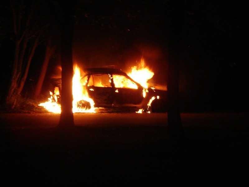 В Фокинском районе Брянска сгорел автомобиль