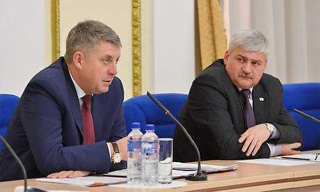 От имени полпреда брянского губернатора поблагодарили за успешный труд