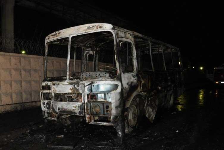 В Брянской области сгорел автобус