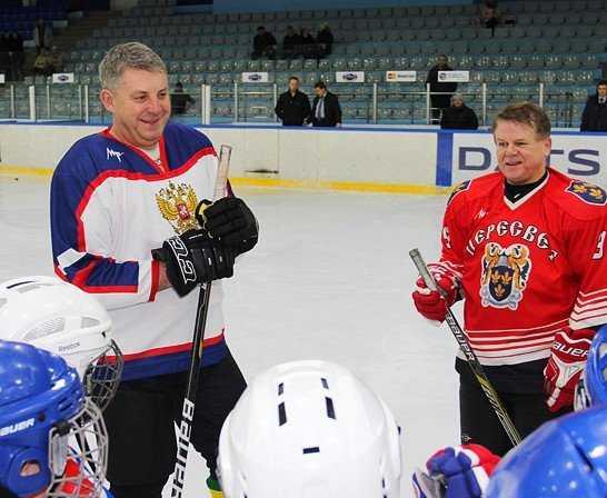 Брянский губернатор на новогодних каникулах будет кататься на коньках