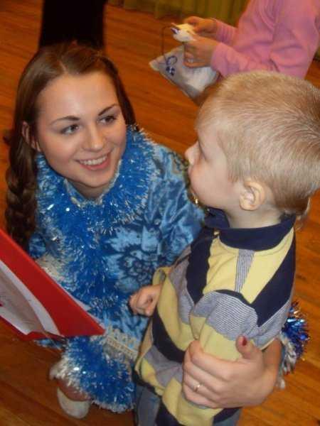Православные брянцы провели новогодний утренник для детей-сирот