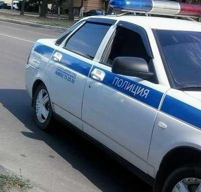 В Новозыбкове брянский водитель сломал ногу пьяной женщине