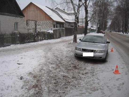 В Брянске пьяный водитель сбил на тротуаре пешеходов