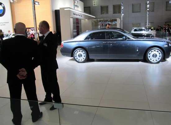 Доходы богатых брянских автовладельцев проверят