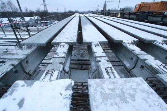 Строителей путепровода у вокзала Брянск-I согреют белорусским теплом