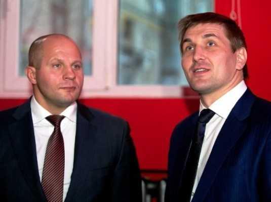Боец Емельяненко раскритиковал «Матч ТВ» из-за брянца Минакова