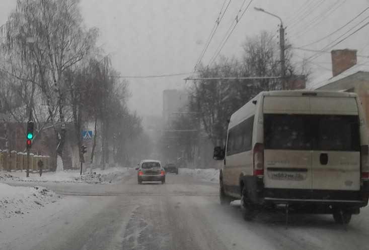 Отчаявшиеся жители Путёвки попросили вернуть маршрутку до Брянска