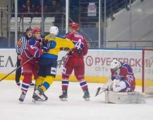 Минские хоккеисты отомстили брянцам за осеннее унижение