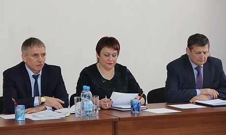 Заместители брянского губернатора провели новогоднюю зарядку в районах