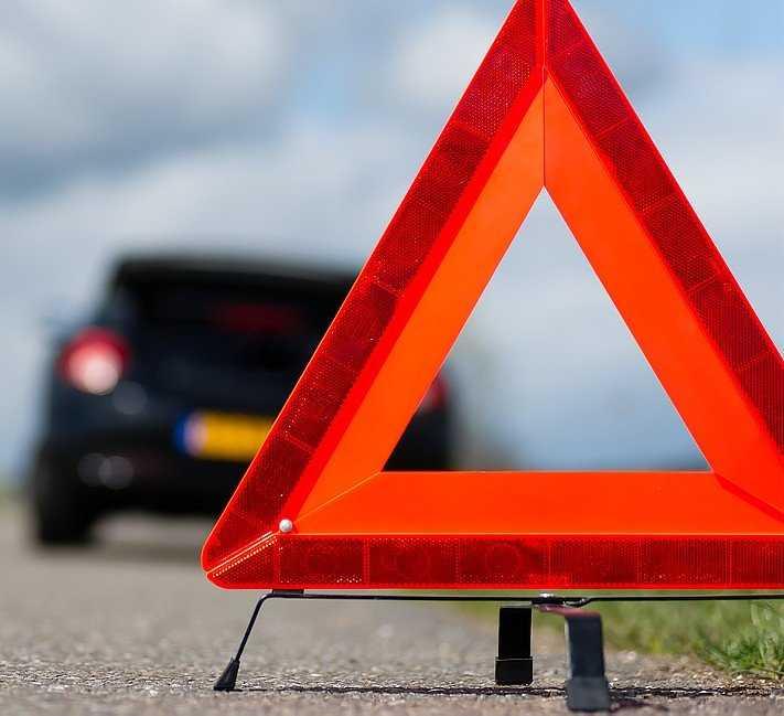 В Брянске водитель оставил на дороге сбитую 18-летнюю девушку