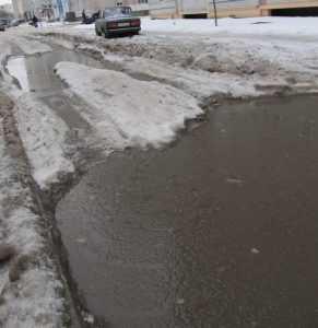 Зимнее половодье накрыло улицы Брянска