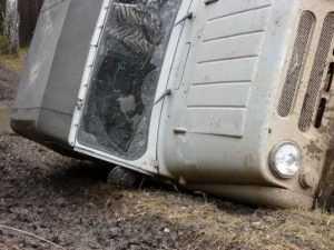 На брянской трассе разбился ехавший в Киев «УАЗ»