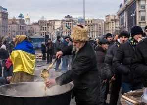 Украину клюнул черный петух