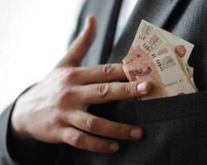 Директор брянской фирмы ответит за присвоение 300 тысяч рублей