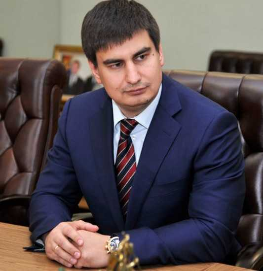 Попросился в отставку глава комитета брянской думы Роман Стефанов