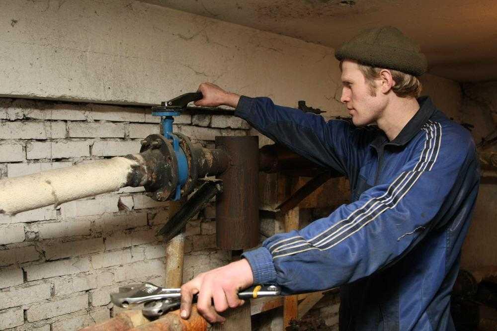 В Брянске без хозяина остались 65 объектов ЖКХ