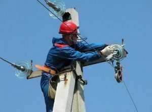 Непогода оставила без электричества два района Брянской области