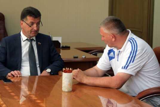 В Брянске директора спортшколы будут судить за мошенничество