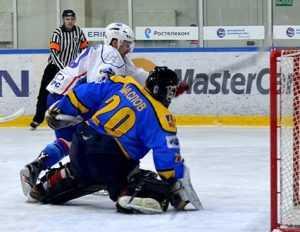С Липецком брянские хоккеисты отыграли на четверку