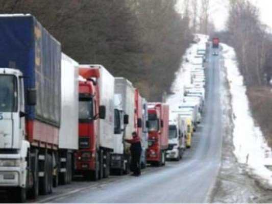 Брянские перевозчики заблокировали проезд украинским фурам