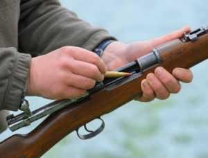 Застрелившему подростка брянцу предъявили обвинение