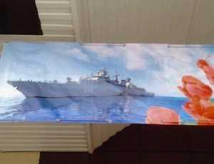 Коммерсанты поздравили брянцев с 23 февраля снимком немецкого фрегата